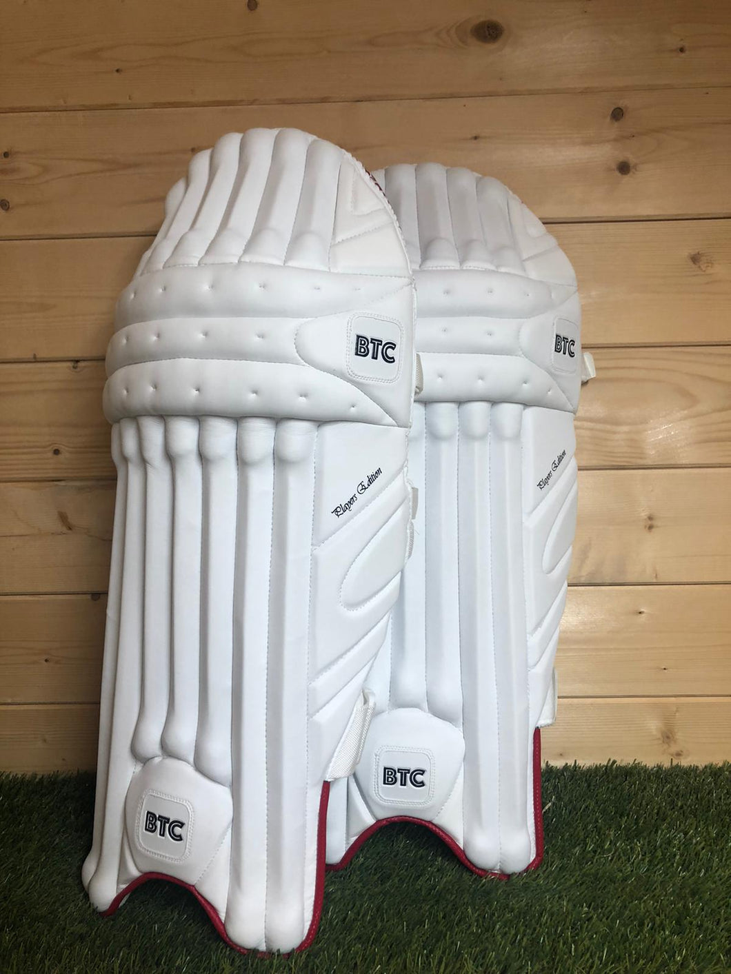BTC Players Edition Batting Pads