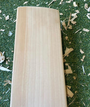 Load image into Gallery viewer, BTC Wales Precision Bat 1