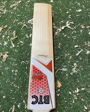 Load image into Gallery viewer, BTC Wales Precision Bat 2