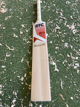 Load image into Gallery viewer, BTC Wales Precision LE Bat 1