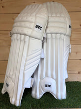 Load image into Gallery viewer, BTC Precision Batting Pads & Gloves