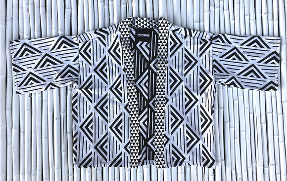 BLACK AND WHITE PYRAMID KIMONO SHIRT