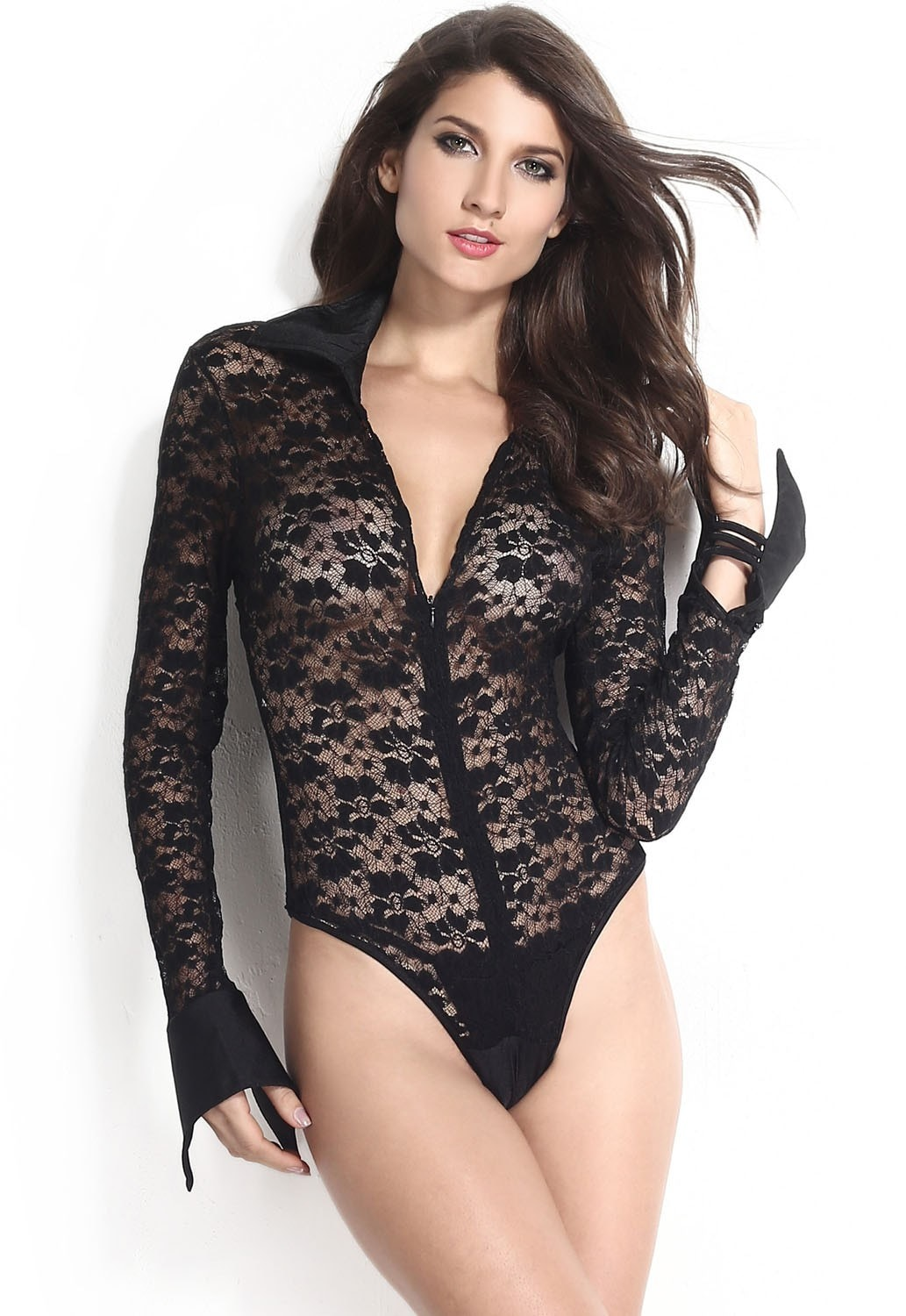 Black Bodysuits. Styles Found. Show off your sleek silhouette in one of our babin' black bodies, perfect for nights out with the girls or romantic meals out with your beau. We'll be scoring some serious style points with a black bodysuit from our smokin' selection, no matter how it's styled. Plus Size Black Scallop Lace Long Sleeve.