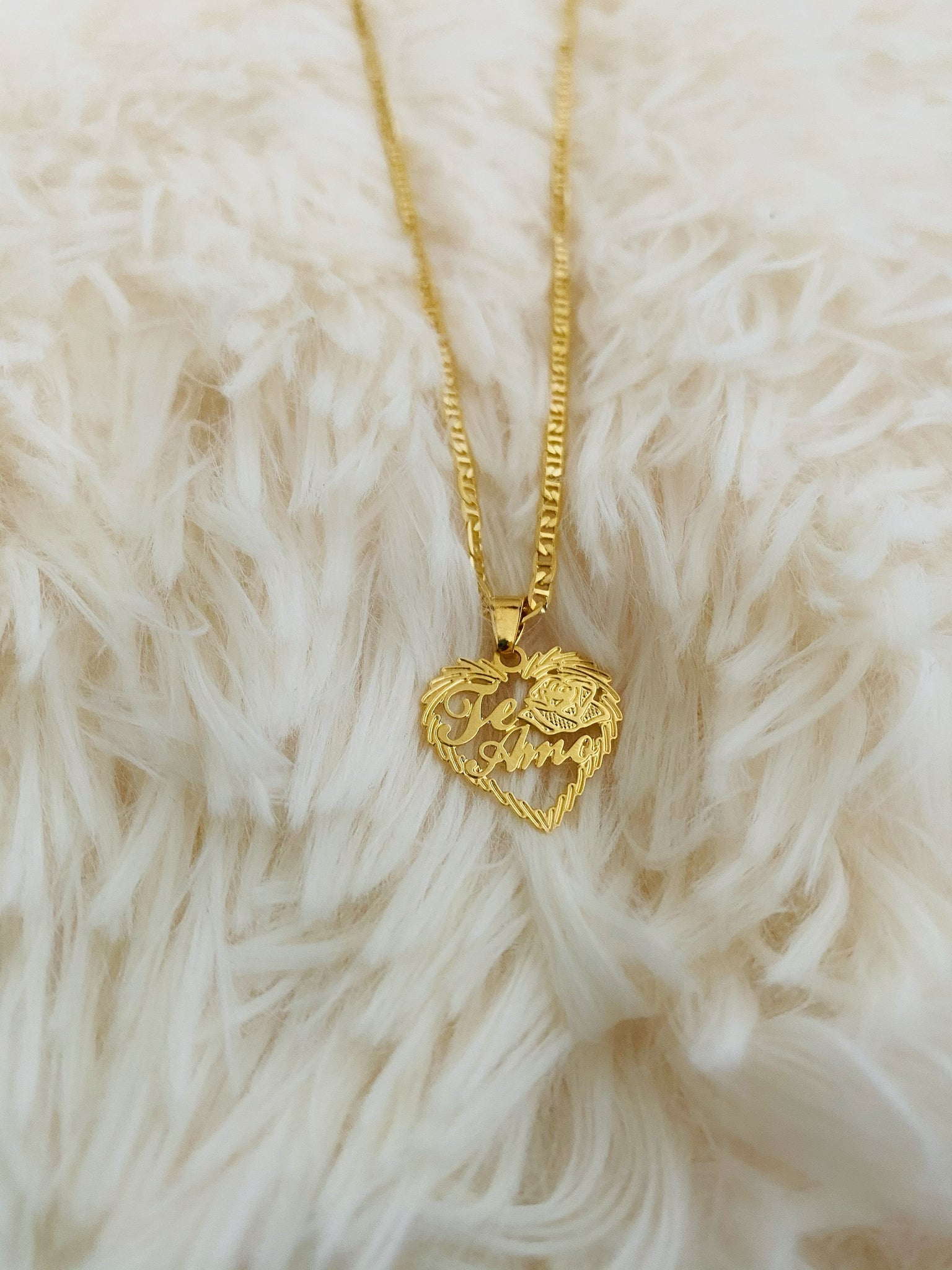 Te Amo Necklace