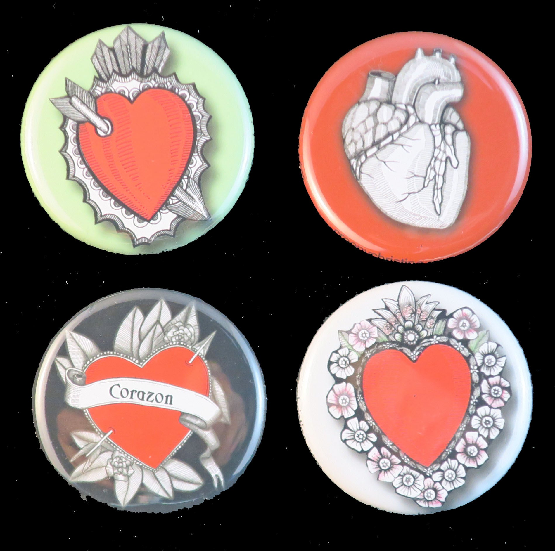Set of Heart Buttons / Magnets