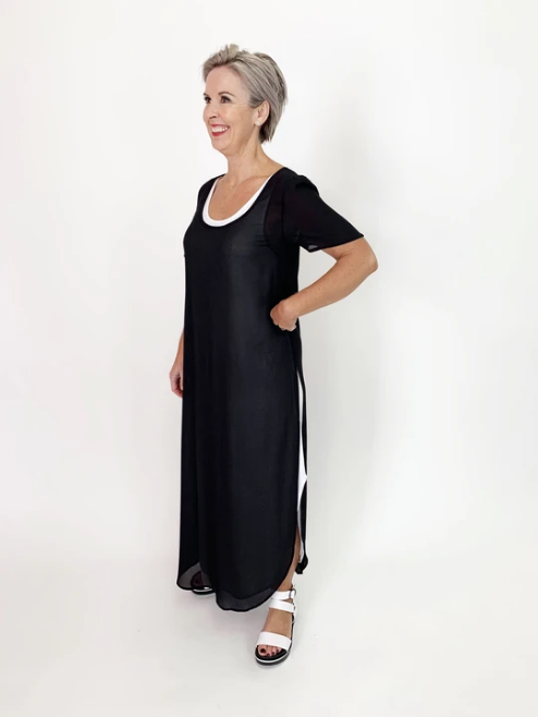 C.REED SCOOP NECK OVER DRESS