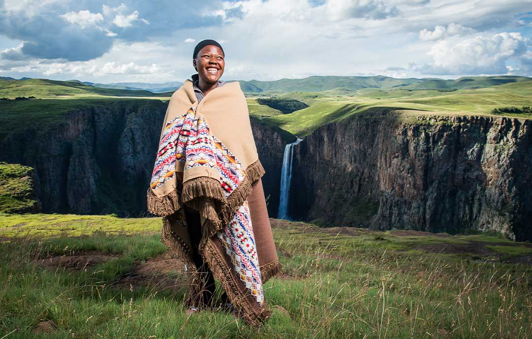 The Ultimate  guide to the Basotho Heritage Blanket Lesotho women wrapped in basotho heritage blanket