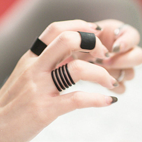 Bold Modern Black Midi 3 Piece Band Rings