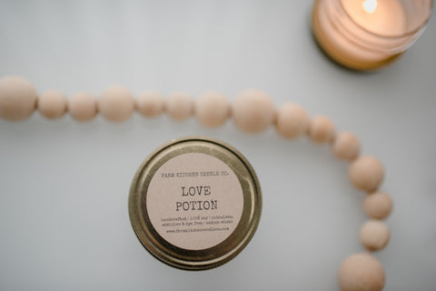 Love Potion soy candle- mini