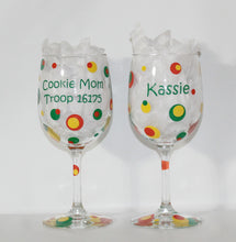 "Load image into Gallery viewer, Personalized ""Cookie Mom Scout Leader"" Wine Glass - Gift - Birthday - Club - Mom - Thank You"