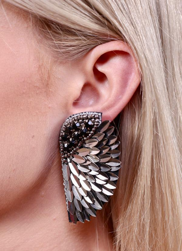 Fly Away Wing Earrings -Gunmetal