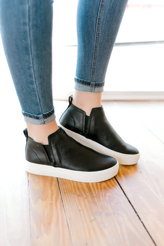 Dolce Vita Tate Sneaker -Onyx Leather