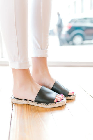 Dolce Vita Bobbi Sandals -Black Leather