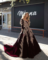 2020 Burgundy Dubai Arabic Ball Gown Prom Dresses Lace Appliqued Celebrity V Neck Long Sleeve Evening Gowns Formal Pageant Dress