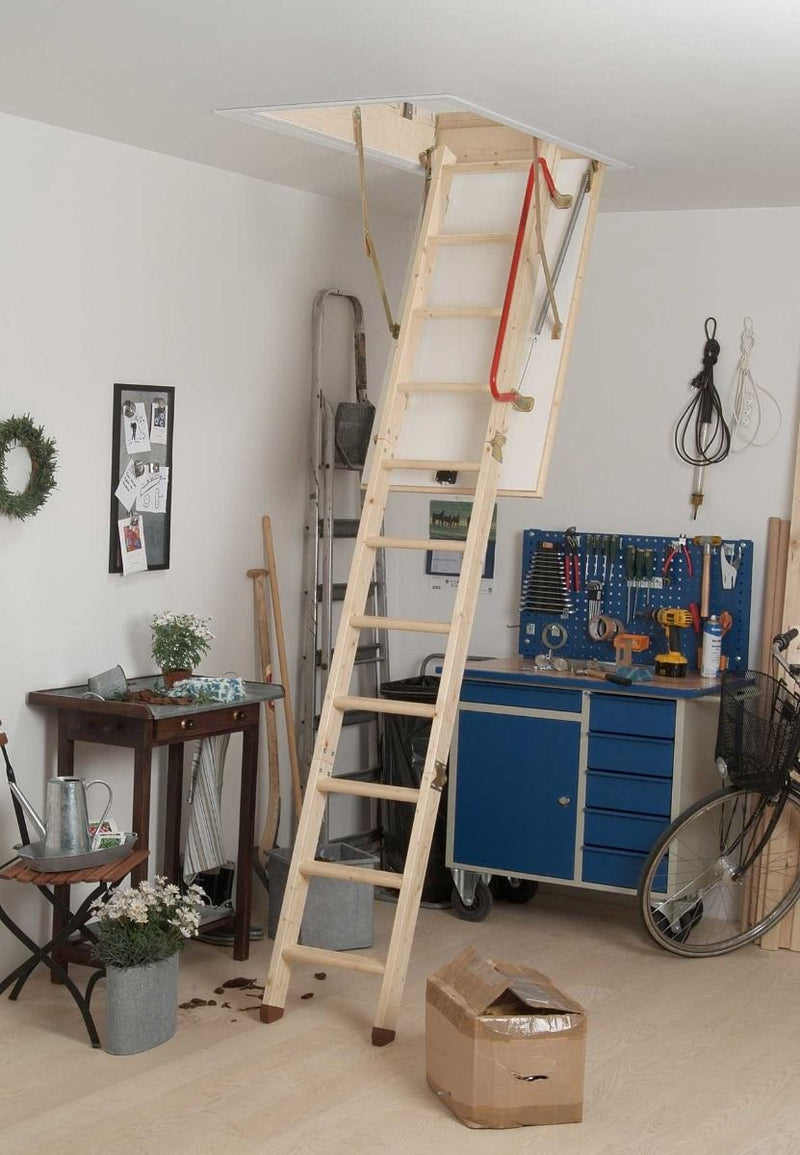 FULLY ASSEMBLED TRADITIONAL LOFT LADDER WITH 36 MM INSULATED TRAPDOOR