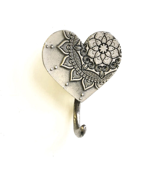 MANDALA - HEART MAGNETIC HOOK