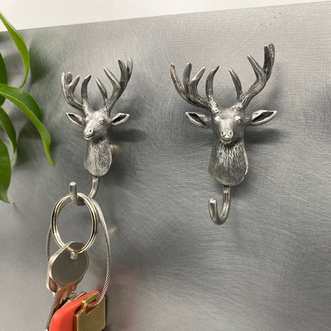 MAGNETIC DEER HOOK