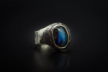 Load image into Gallery viewer, Authentic 925 Silver and Godly Blue Labradorite Ring