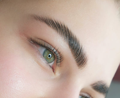 Tip: Brow Lamination Without Adhesive