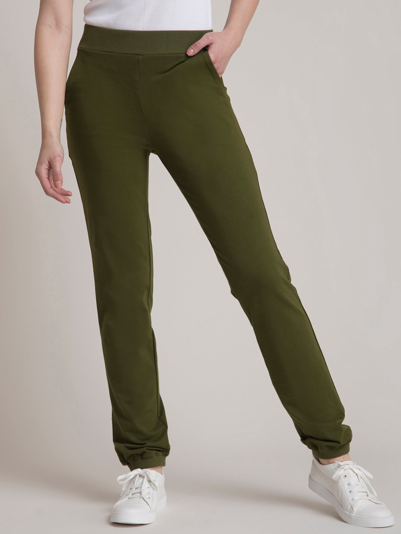 4 Way Stretch LivIn Joggers - Olive