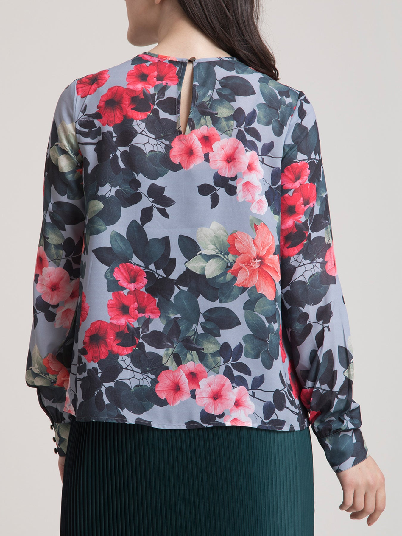 Crew Neck Floral Top - Grey and Red