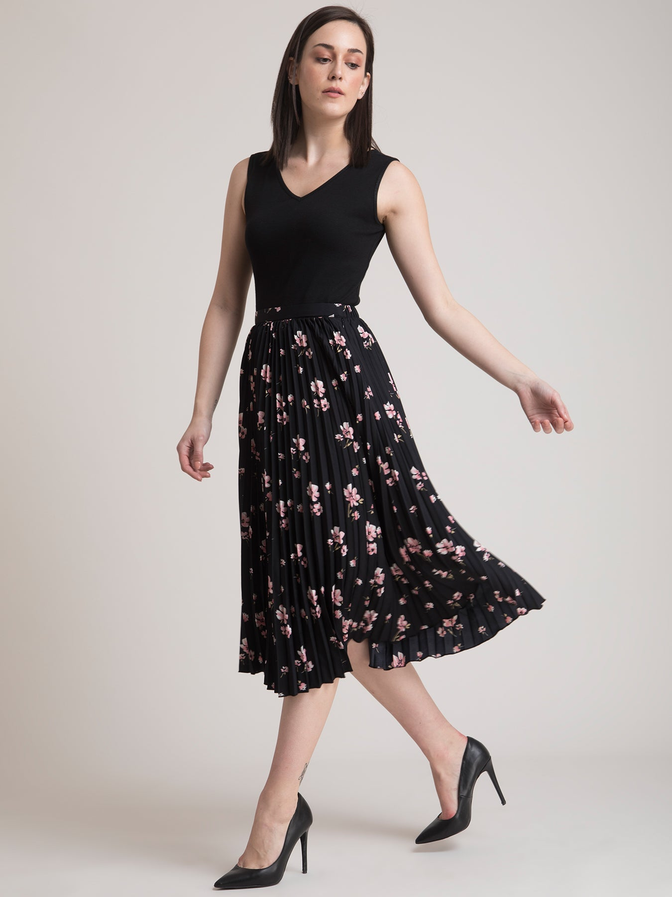 Stretchable Camisole and Pleated Floral Skirt Co-ord - Black