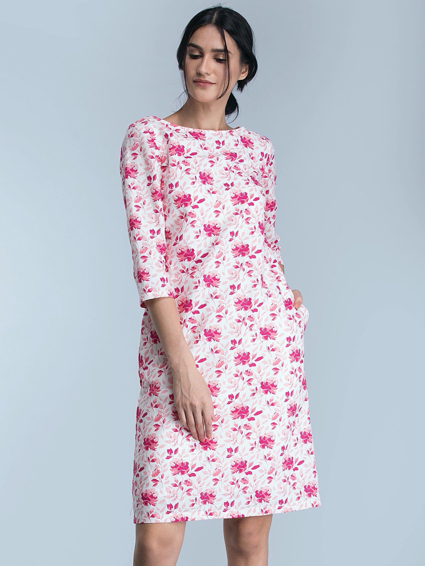 Boat Neck Floral Shift Dress - Pink