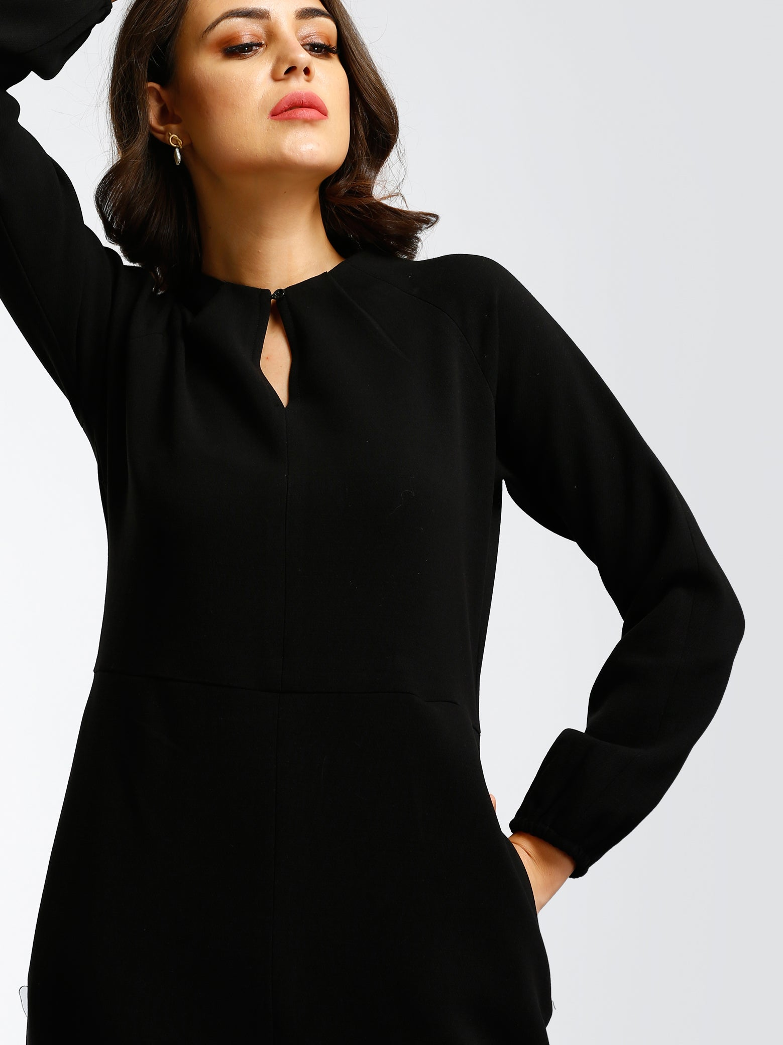 Round Neck Buttoned Shift Dress - Black