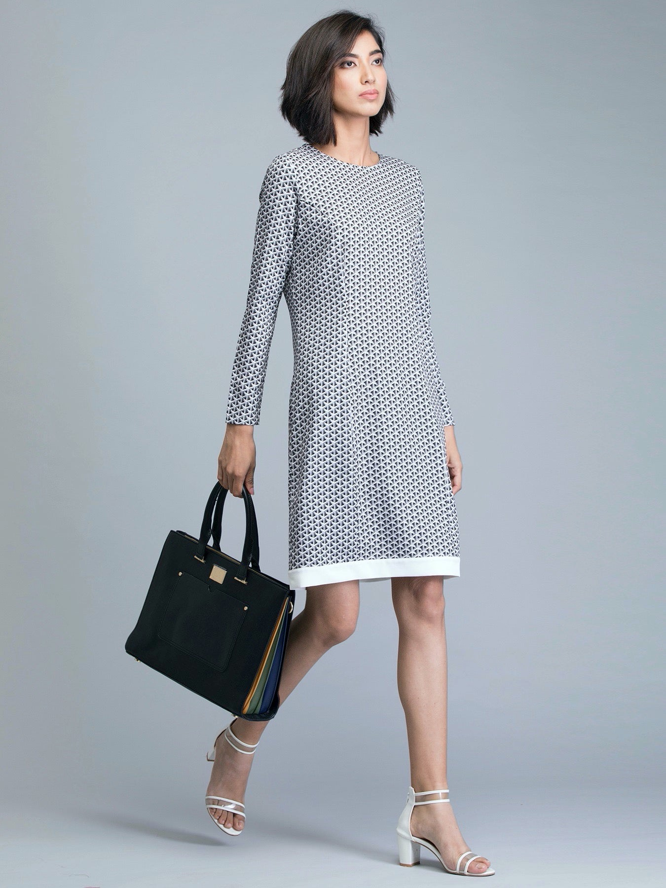 Round Neck Geometric Print Shift Dress - Grey