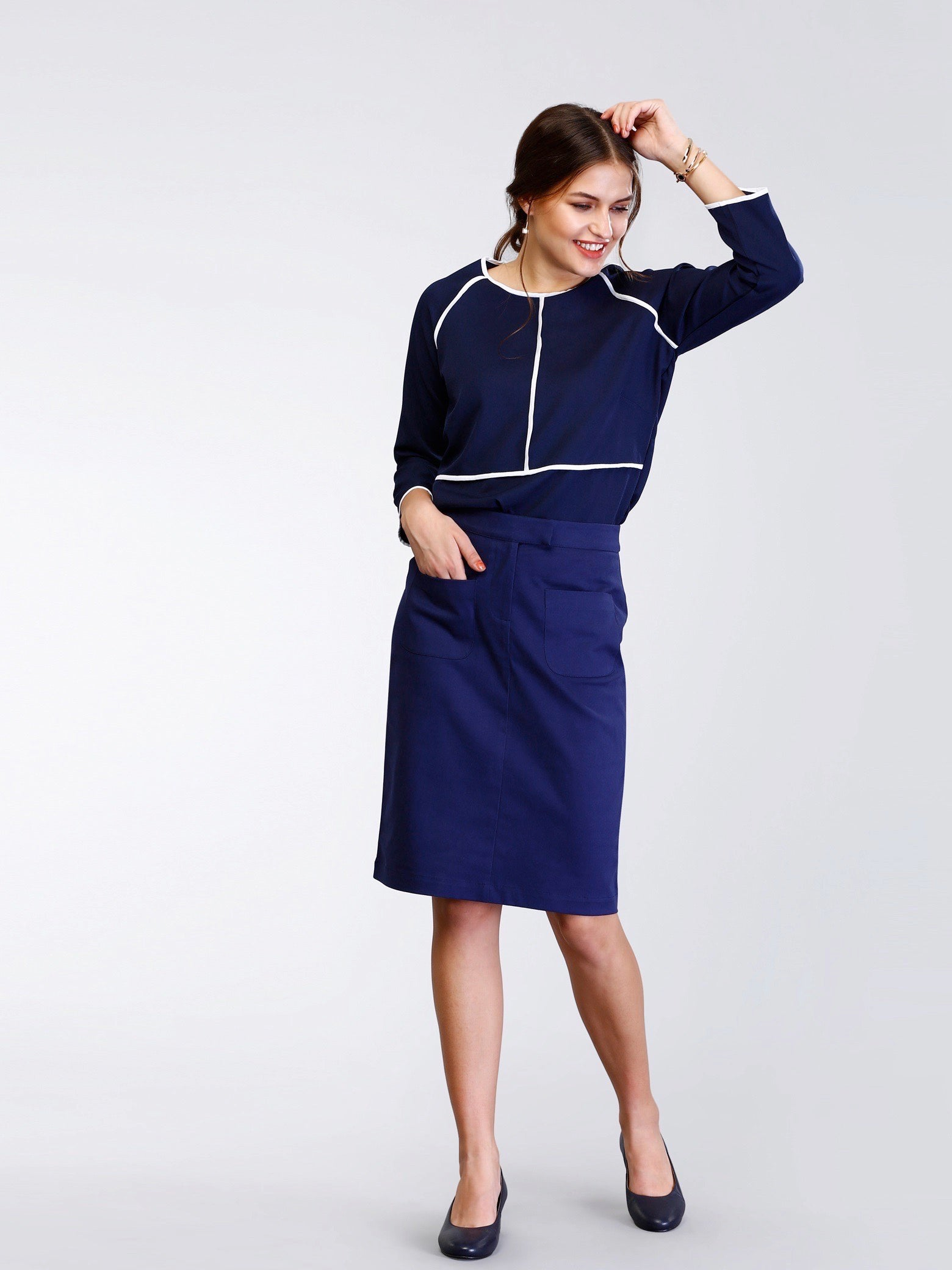 Straight Fit Skirt With Pockets - Navy