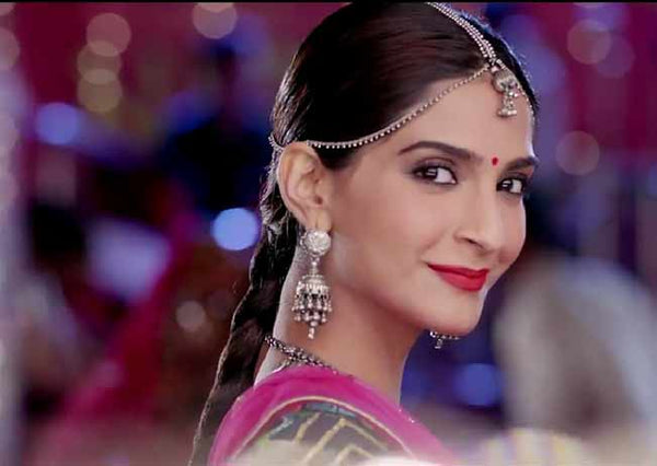 5 Jewellery Trends From Sonam Kapoor's Dolly ki Doli