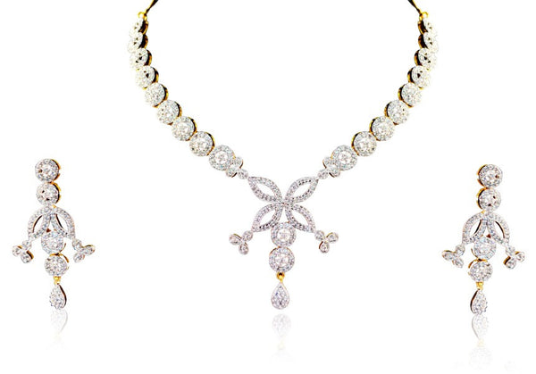 A necklace set from Diamontic collection of Vastradi Jewels