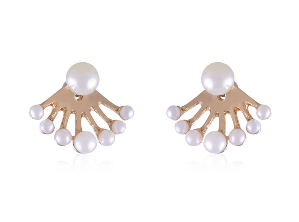 Cute and Pretty Designer Pearl earrings E551