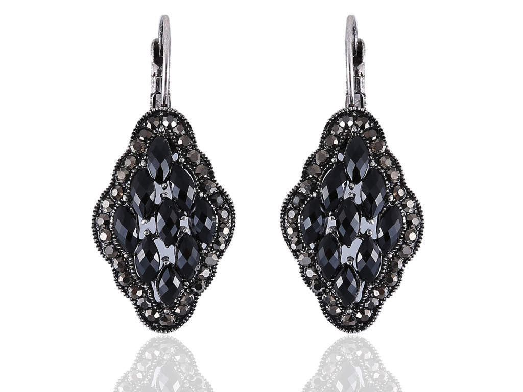 Striking Fancy Earrings in Black Colour - F184