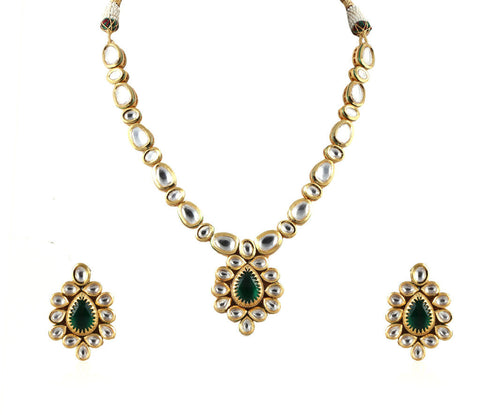 Exquisite Single Line Kundan Set with a Gorgeous Pendant and Stunning Earrings KS70