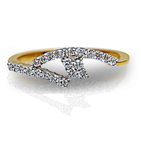 ALLURING DIAMOND BAND