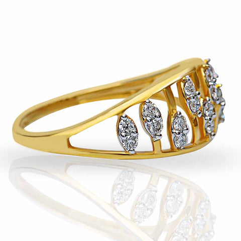 DANDYISH DIAMOND RING
