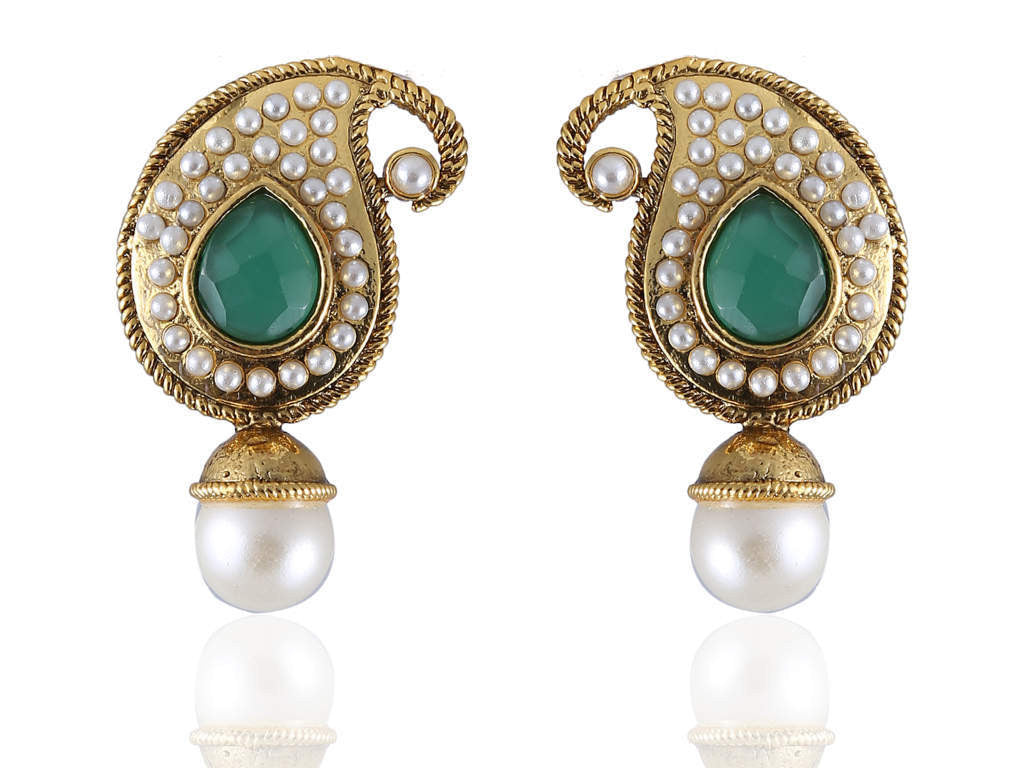 Ambi (Mango) Shaped Polki Earring in Green and White Colour - PO803