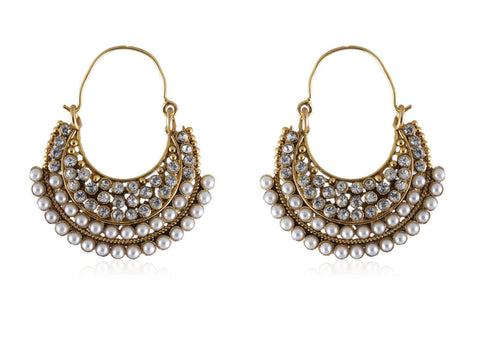 Beautiful Chandbalis in Golden & Pearls combination PO871
