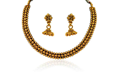Graceful Polki Necklace Set in Gold Colour - POS284