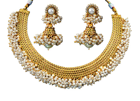 Exquisite Polki Necklace Set in White Colour - POS286