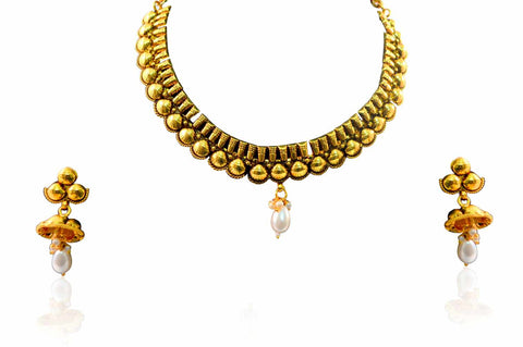Artificial Polki Necklace Set in White Colour - POS335
