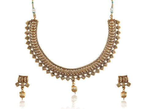 Golden Polki Necklace Set with stud earrings with a golden drop POS411