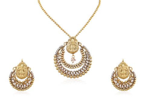 Classy Temple Jewelry Style Pendant Set in Pearl and Gold combination PS782