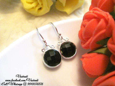 Excellent 92.5 Silver Earrings in Black Colour - SE61