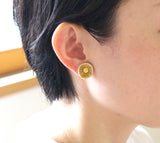 "For a delicate and pretty impression like petals! ""Karen (pierced earrings / clip-on earrings)""【1211-08】"
