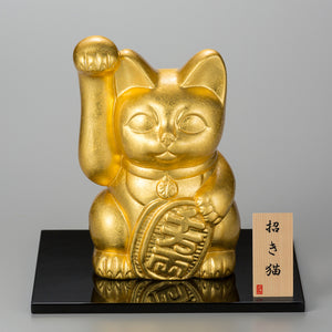 "The beckoning cat with gold leaf is gorgeous! ""Good luck beckoning cat (right / left hand) (L)""【1127-10】"