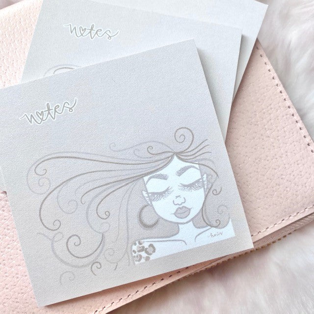 Lashy Dollie Sticky Notes - 25 Sheets