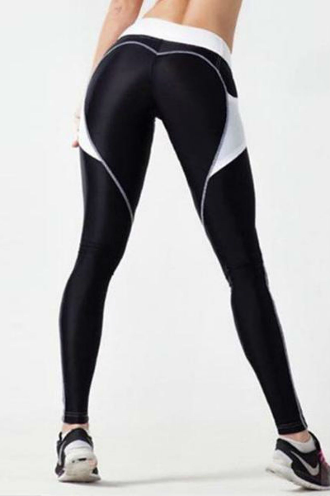 Pocket Heart Booty Leggings <br>Black/White - Muscle Fitness Factory