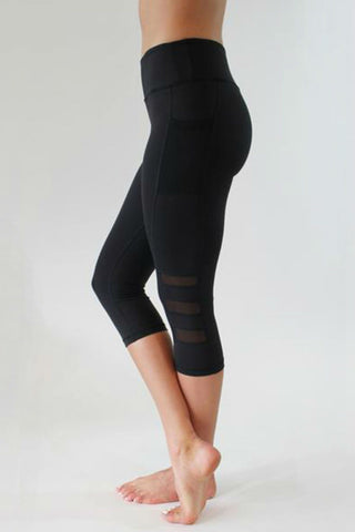 Pacer Pocket Capri Leggings - Muscle Fitness Factory